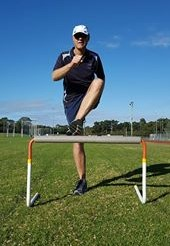 Hurdler incorrectly swinging their lead leg inwards
